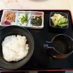 MMCオーガニックカフェ - 減農薬米のお茶漬け