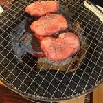 肉三昧 石川竜乃介 -