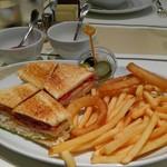 68982660 - アメリカンクラブハウスサンドイッチ
