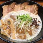 68983060 - 鶏白湯醤油(バラ・全粒粉麺)