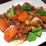石庫門 - 鶏肉のオイスターソース炒め