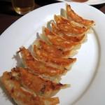 石庫門 - 自家製自慢の焼き餃子