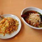 台湾料理 百味鮮 - ラーメン+チャーハン
