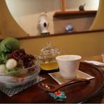 椿堂茶舗 茶房 竹聲 - 宇治氷には、冷茶も付いて来ます。