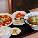 九龍居 - 料理写真:マーボー豆腐(日替ランチ)