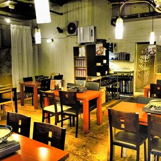 スタイリッシュな店内で韓国料理♪