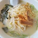 台湾料理 百味鮮 - 豚骨ラーメン