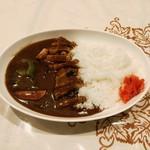 琉球の味 あちゃ家 - 角煮カレー