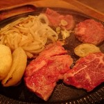 三田屋本店 - 料理写真: