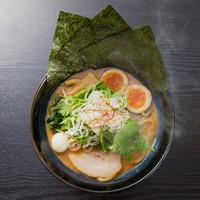 麺家 神明 - クリーミーとんこつ(味噌)