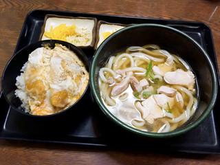 三福 - かしわうどんとミニカツ丼