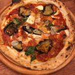 窯焼きピザとワインのお店 ROMAE 炉前 - カラブレーゼ