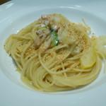 スペッロ - パスタ 天然魚介とズッキーニの白ワイン風味のスパゲティ