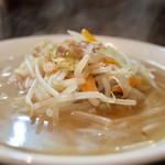 69018082 - 湯麺…800円