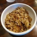 拉麺一匠 DEAD OR ALIVE - 煮干し炊き込みご飯(無料)