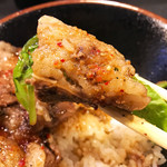焼肉丼 たどん - うめーーーー!p(^_^)q