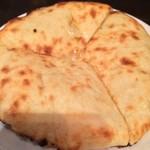 Dhaba India - チーズクルチャ