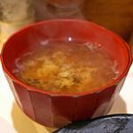 とん太 - しじみ味噌汁