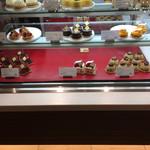 神戸風月堂 - ショートケーキのショーケース