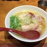 麺屋 翔 - 香彩鶏だし塩ラーメン大盛り