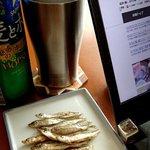 宮崎鯉屋 - わかさぎの素焼き;塩気は無いので, 塩を胡麻油(or EXV)で溶いて付けても好し @2017/06/18