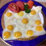 キッチンカフェ おかりや - うずら卵の目玉焼き(10個)350円