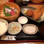 69069308 - 地魚の刺身とフライ2種の定食 茶碗蒸し付1,780。鮪ヒラマサたこの刺身 アジフライとヒレカツ しじみ味噌汁