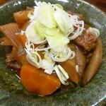 日本酒と蕎麦 中野いざ宵 - 牛すじの煮込