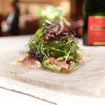 カーザデッラマンテ - 愛知県鯖のカルパッチョ、サラダしたて