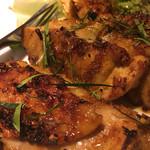ベトナムキッチン アンヴィエット - ガーヌオン鶏肉の網焼き