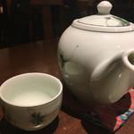 ベトナムキッチン アンヴィエット - 蓮茶 ポット