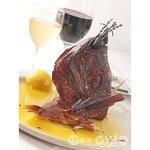 トラットリア・バッフォ - バッフォで人気の 鯛のカマ香草釜焼き