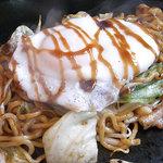 西麻布横丁 - いかや特製モチモチ太麺の焼そば