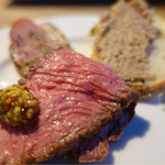 熟成肉バル ギフウッシーナ - 一人前に取り分け