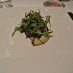 リストランテ カノフィーロ - トムラウシジャージー牛ミスジ肉のグリーリア 小豆とバルサミコ、加茂ナスのピュレ