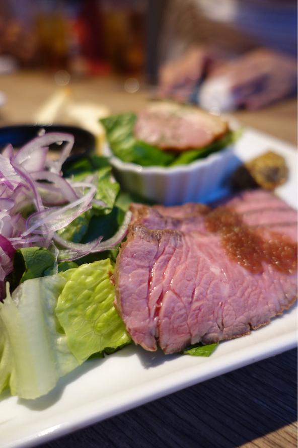 熟成肉バル ギフウッシーナ