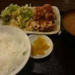 居酒屋 釧路 - 油淋鶏定食