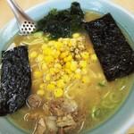 とんとんラーメン - 料理写真:GABONの黒胡椒onコーンラーメン