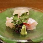 日本料理 太月 - 4日寝かせたカンパチ、3日寝かせたふっこ、いさきのお造り