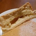 Boulangerie Kawamura - クッキーチーズ(断面)