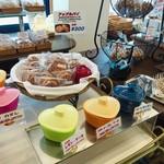 ラ・メール・ブランシュ - 人気の焼き菓子は試食OK! 嬉しいサービス♡