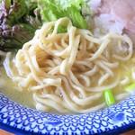 麺やまだ - 麺(大盛)