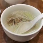 杉作 - 定食のテールスープ
