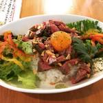 ブラウンスター - ローストビーフ丼¥1000
