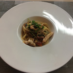 リストランテ マツシマ - ヤリイカと鮑の肝と豆苗のパスタ  ウニのせ