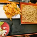 瀬谷そば - 天ぷら蕎麦580円