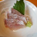 旬菜‐小豆 - 鯛刺し