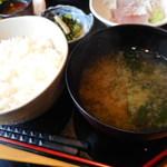 旬菜‐小豆 - ご飯、みそ汁