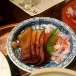土佐料理 祢保希 - 鯨うねす燻製:1,300円