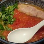 麺部しば盛 - 料理写真:季節限定 塩とまとらーめん850円